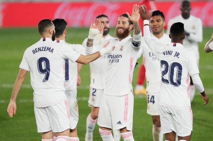 صورة 3 أسماء مرشحة بقوة لارتداء قميص ريال مدريد في الانتقالات الشتوية المقبلة