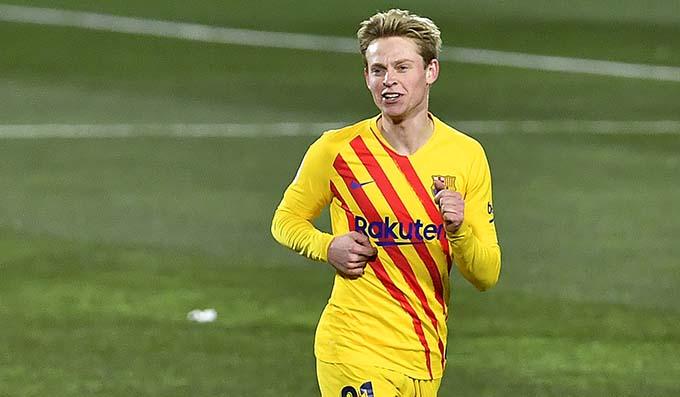 دي يونغ يقود برشلونة الي انتصار جديد في الليجا علي حساب نادي هويسكا